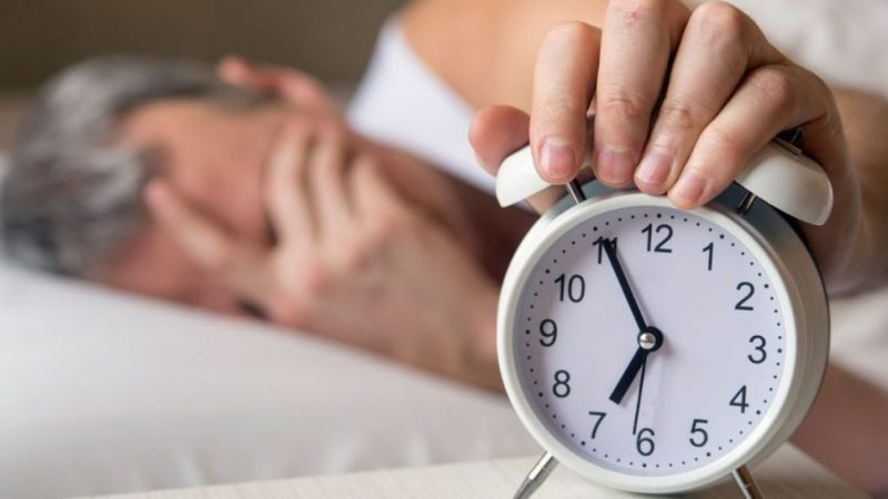 Безсоння: що таке, симптоми, причини, способи лікування безсоння народними засобами