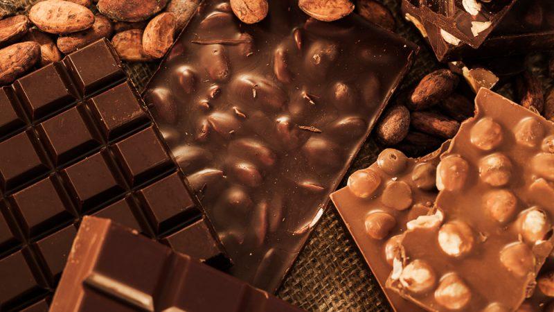 Какао-боби і шоколад: як роблю шоколад, де ростуть какао-боби