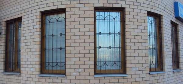 Види віконних решіток: які бувають віконні решітки