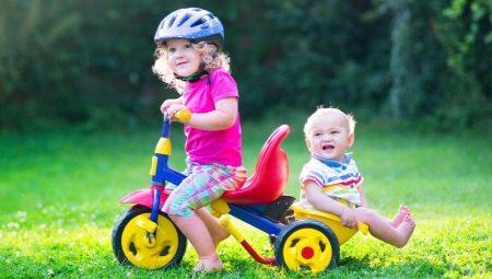 Зі скількох років можна їздити на велосипеді? З якого віку дітям можна кататися на електровелосипеді та інших видах?