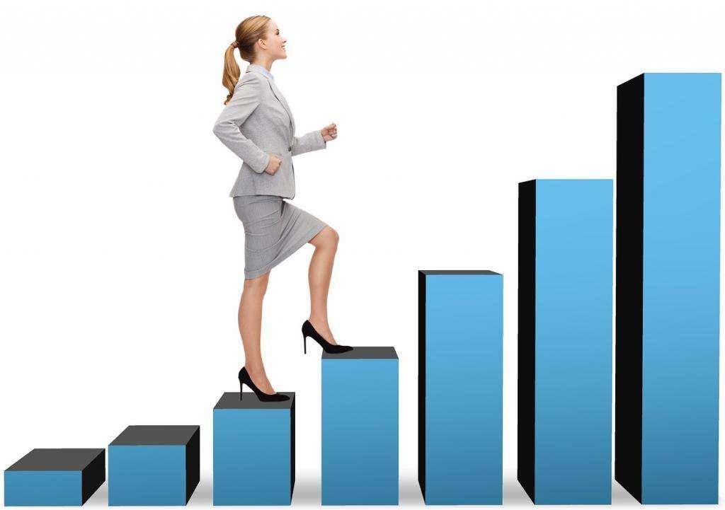 Как уравнять женскую и мужскую зарплату: что делать если женщине платят меньше