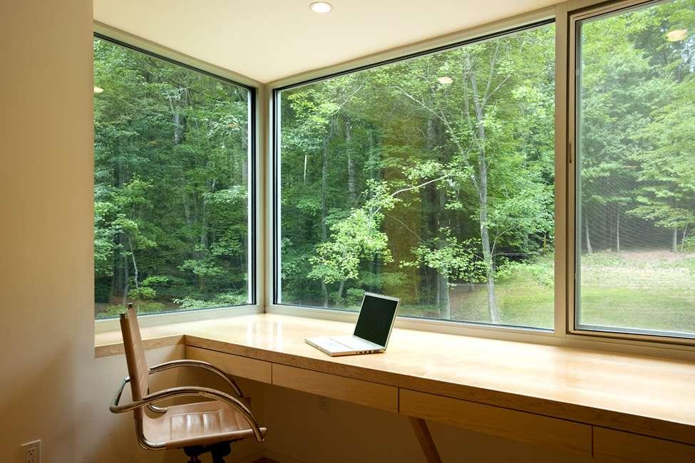 Как защитить окна: от грабителей, насекомых, света, дождя и снега – способы красиво и недорого защитить окна