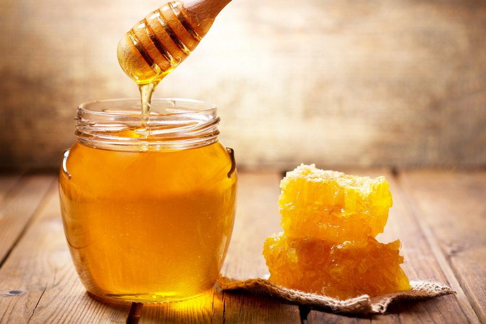 Мед вместо сахара: можно ли медом заменить сахар