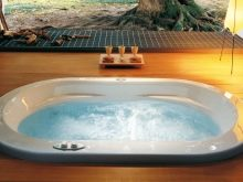 Акрилові гідромасажні ванни: кутові ванни з гідромасажем, акрилові гідромасажні джакузі для двох та інші