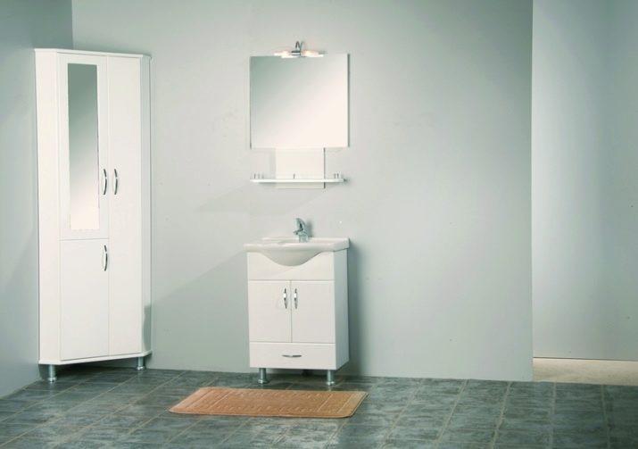 Підлогові шафи у ванну кімнату (67 фото): великі комоди і маленькі шафки, огляд меблів з IKEA
