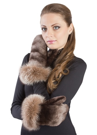 Рукавиці з овчини (41 фото): жіночі шкіряні і замшеві моделі Kerry і Ugg, армійські рукавиці на овчині