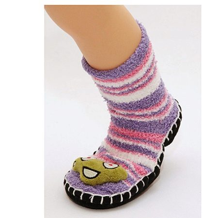 Шкарпетки-тапочки (37 фото): в'язані джурабы, красиві дитячі та жіночі моделі для будинку следка, ажурні, теплі новорічні і без шва