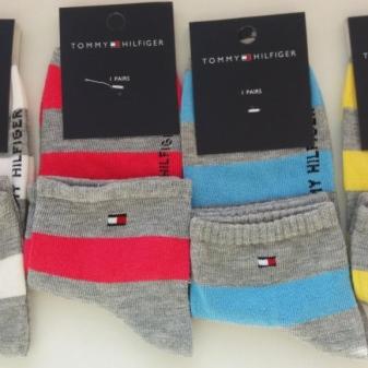 Шкарпетки Tommy Hilfiger (39 фото): особливості і переваги, подарункові набори та комплекти для себе