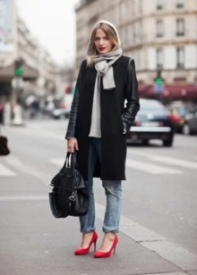 Штани під туфлі (52 фото): як вибрати під білі, чорні, сині, сірі і бежеві туфлі жіночі брюки