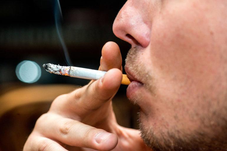 Палити у сні: до чого сняться сигарети, пачка цигарок, значення недопалків і тютюнового диму