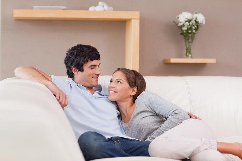 Що означає по соннику бачити старшу або молодшу сестричку, лаятися з родичкою